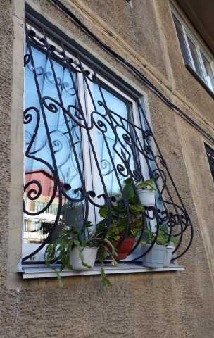 Продам: Кованые решетки на окна