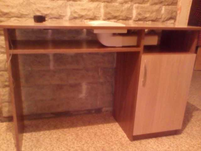 Продам: Стол для маникюра