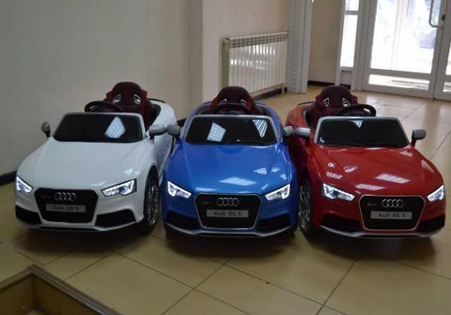 Продам Детский электромобиль Audi RS 5