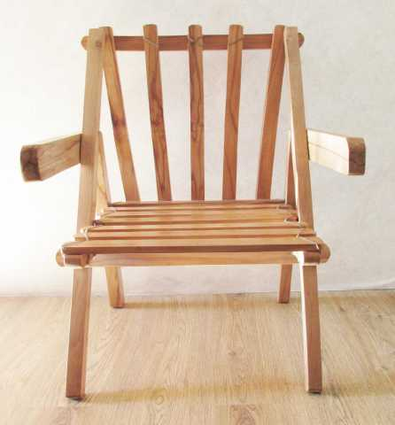 Продам кресло садовое деревянное