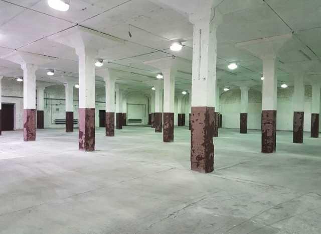 Сдам: Склад 1200 м2 в складском комплексе.