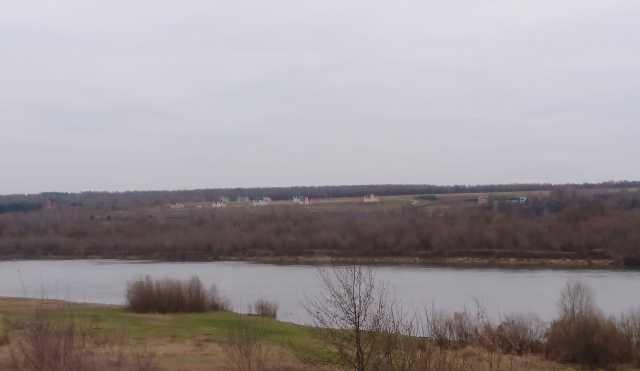 Продам: Живописный участок на реке Ока д. Лужки