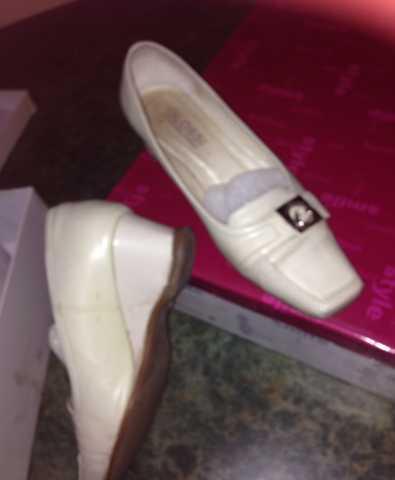 Продам туфли 36
