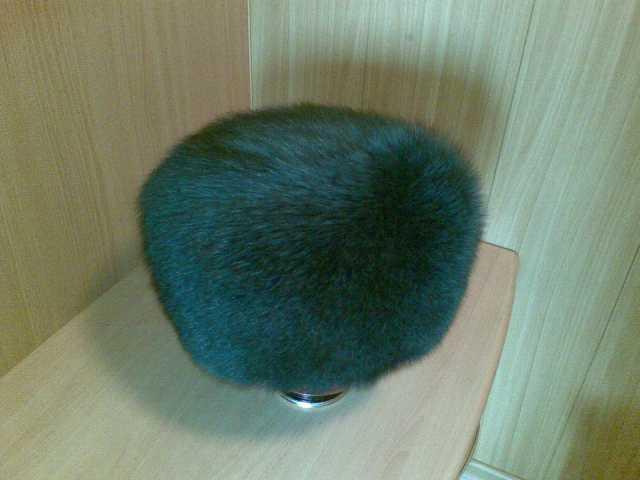 Продам Продается женская меховая шапка из песца