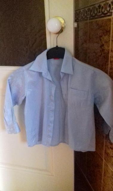 Продам Классическая рубашка на мальчика