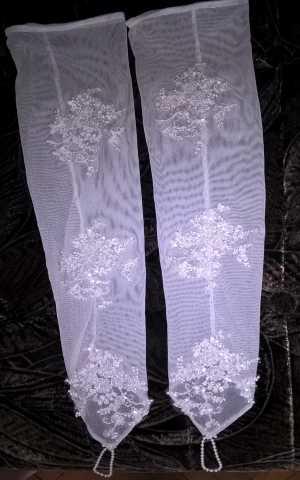 Продам Перчатки свадебные новые