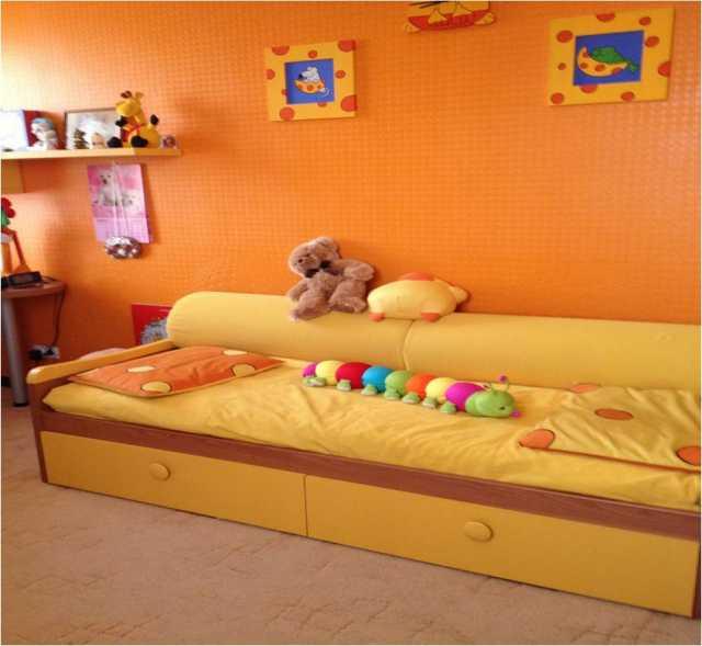 Продам Мебель в детскую, производство Италия