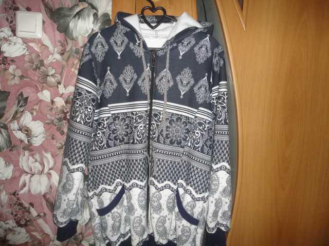 Продам Толстовка женская новая р 50-52
