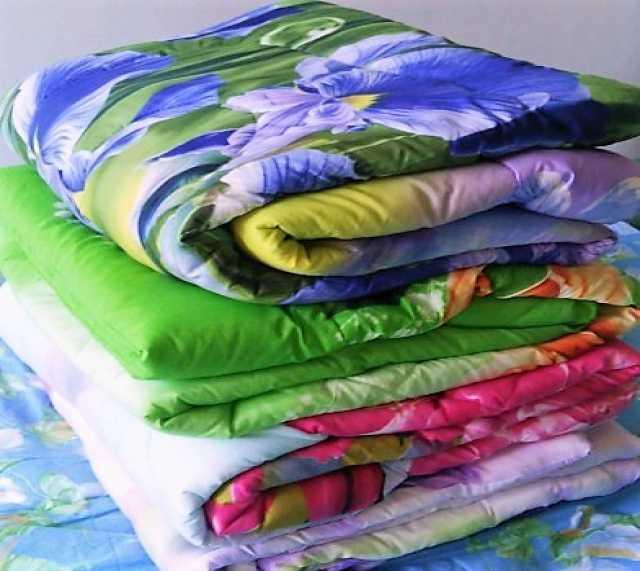 Продам Одеяла ватные 1.5 спальные