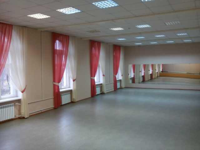 Сдам: Спортивные залы для групповых занятий