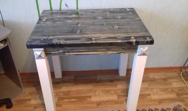 Продам Стол в стиле лофт.