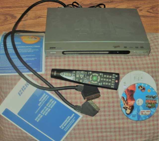 Продам DVD-плеер «BBK» c функцией караоке