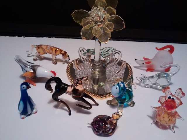 Продам Фигурки керамические, стеклянные, деревя