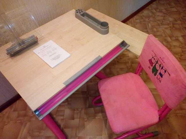Продам парта-трансформер с сопутсвующими, стул