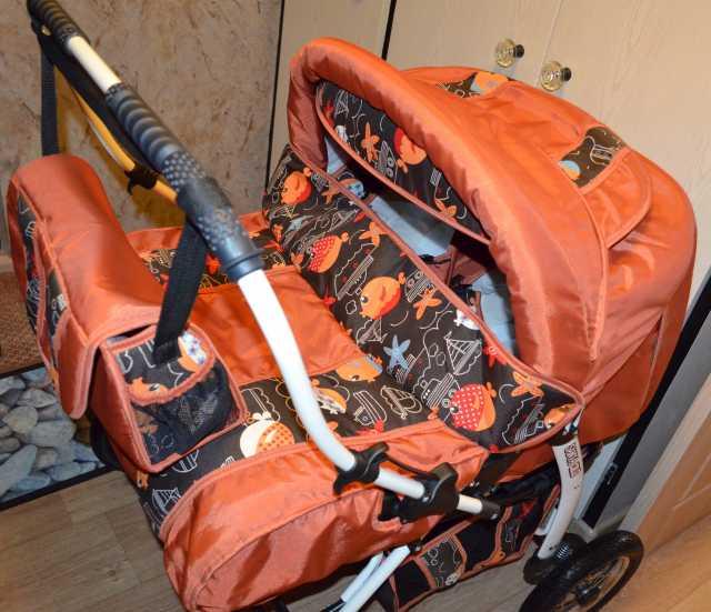 Продам коляску для двойняшек