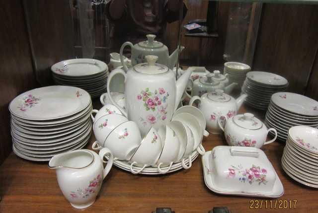 Продам Чайный сервиз на 12 персон