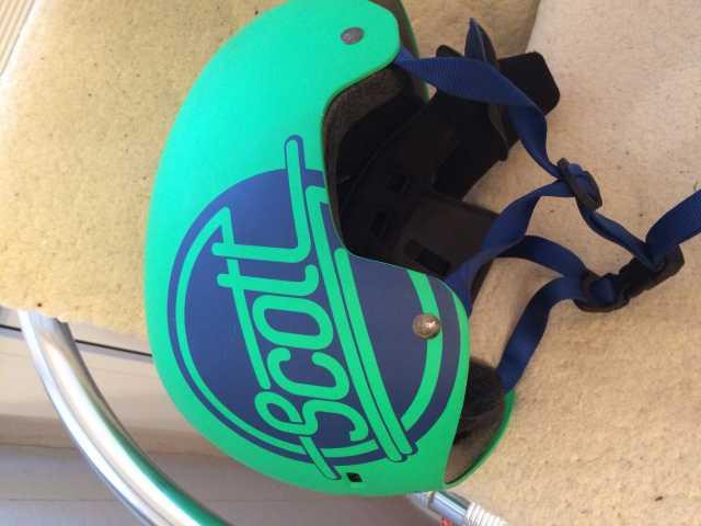 Продам Шлем для скейтборда