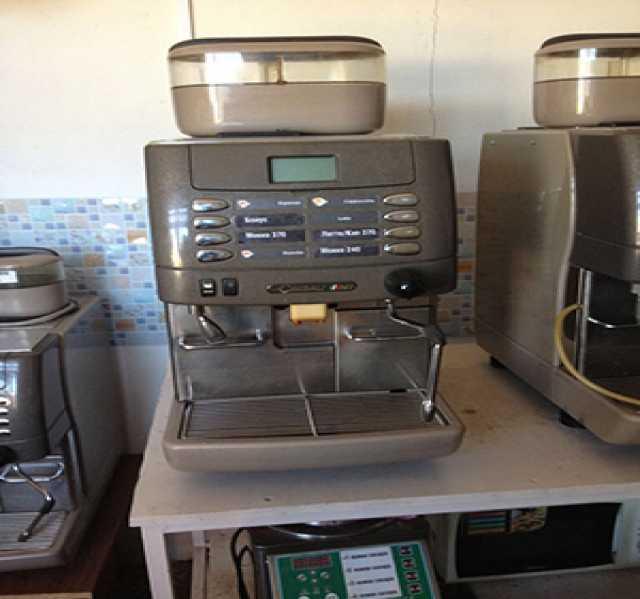Продам Суперавтоматическая эспрессо и капучино