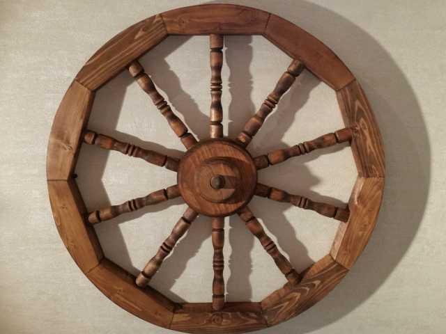 Продам Деревянные колёса с резными спицами
