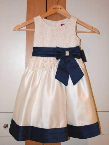 Продам: Платье для девочки - на 4 года