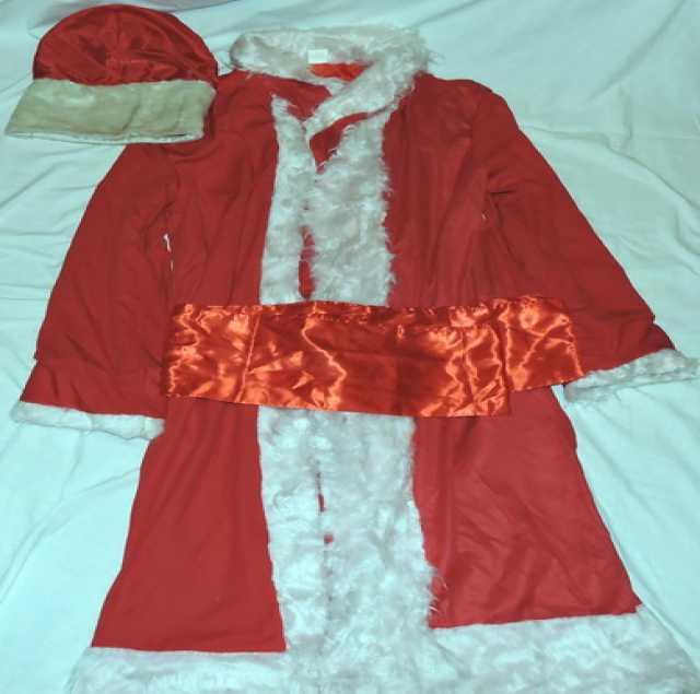 Продам Маскарадный костюм Деда Мороза.