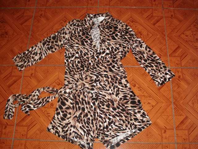 Продам Комбинезон леопардовый