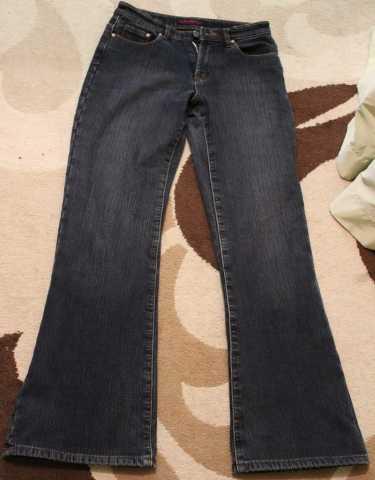 Продам Продам джинсы женские, на флисе.