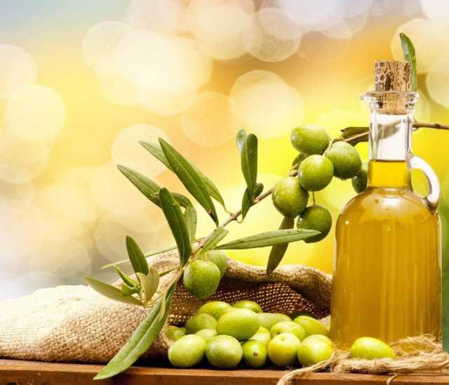 Продам Оливковое масло, фрукты