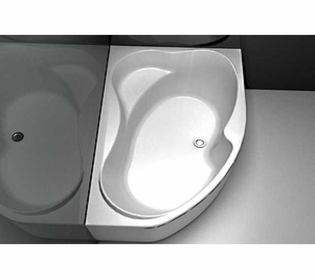 Продам акриловая ванна Капри Б/у