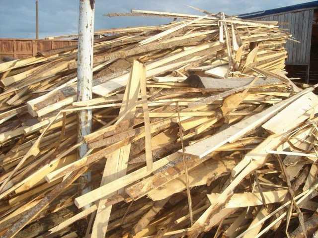 Продам дрова сосновые срезки т 464221