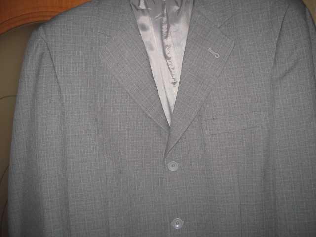 Продам пиджак светло-серый «New Falcon»