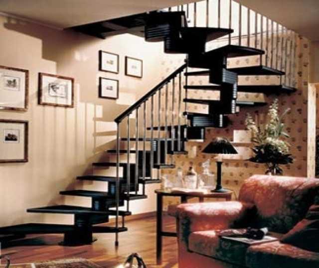 Продам: изготовление деревянных лестниц на заказ