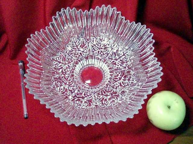 Продам хрустальная ваза для фруктов