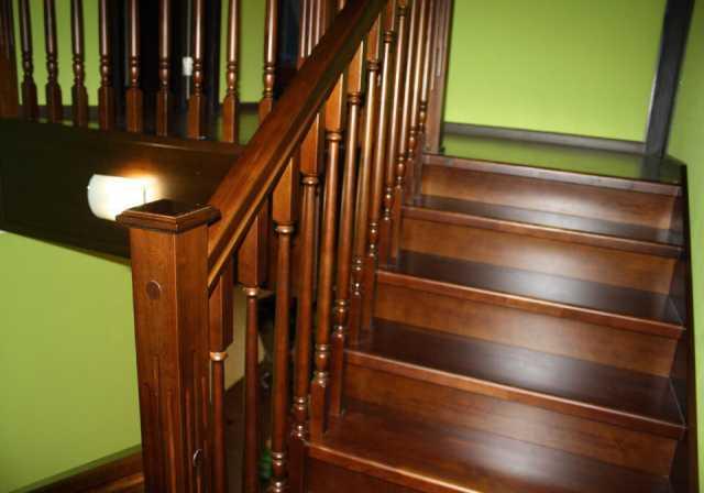Продам лестницы на одном и двух касаурах