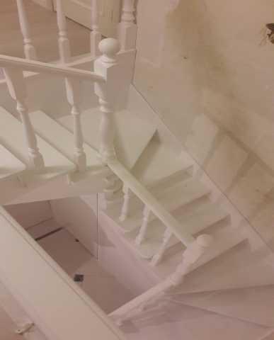 Продам Изготовление любых лестниц в любые проем