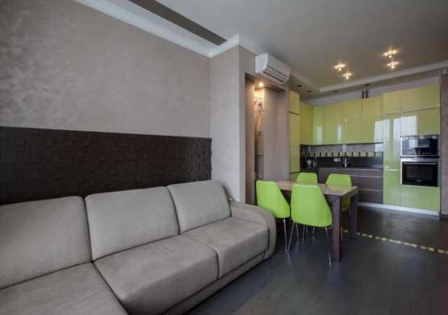 Продам: Кухонный гарнитур с фасадами акрил