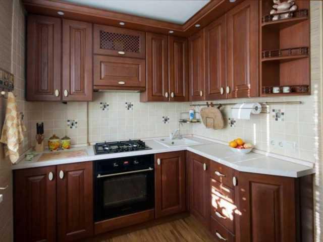 Продам: Классическая кухня