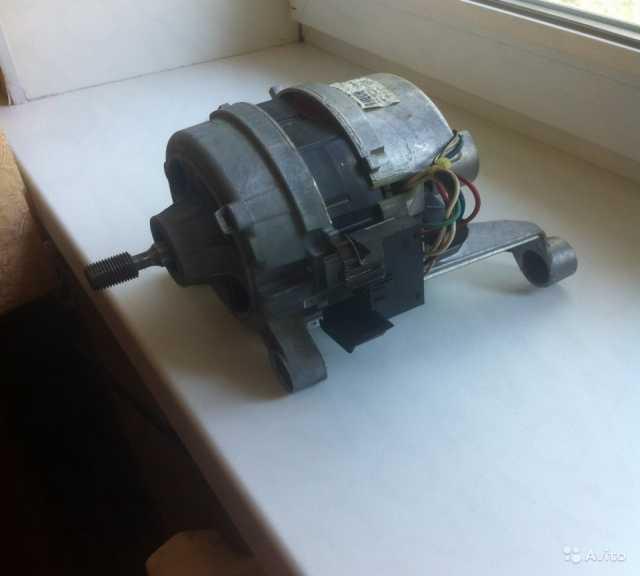 Продам Мотор для стиральной машины Zanussi