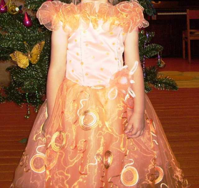 Продам Детское платье с корсетом