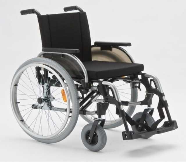 Продам инвалидную кресло-коляску Otto Bock