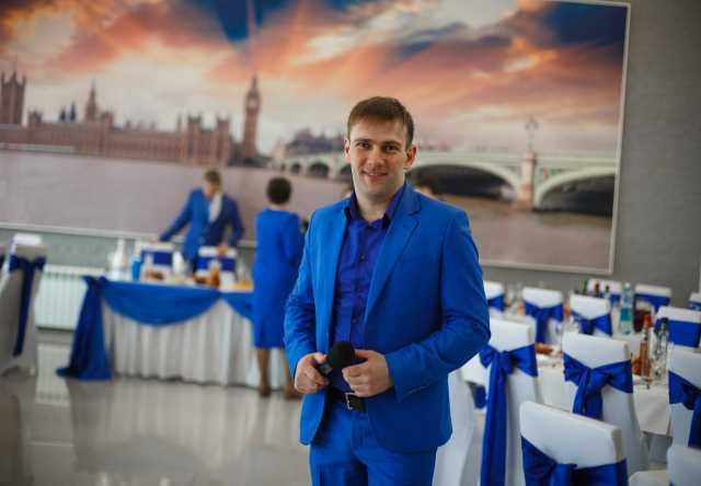 Предложение: Ведущий, вокалист Иван Агафонов.