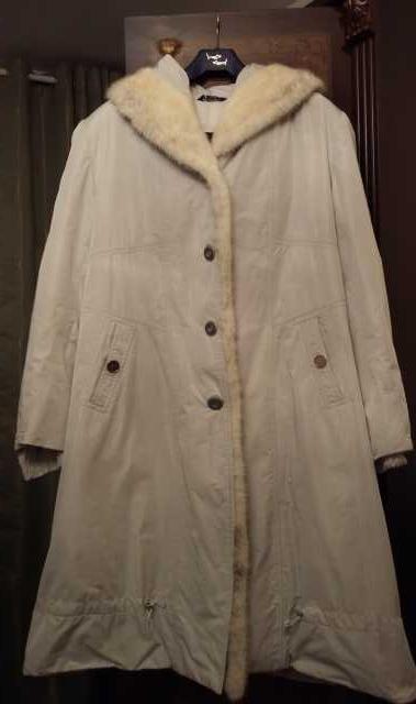 Продам женский плащ-пальто (подробнее: https://