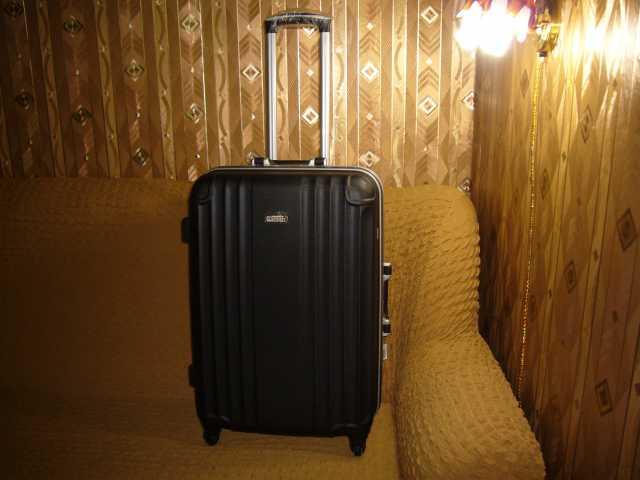 2e77dad0df55 Купить чемодан на колесиках АВС твердый в Новокузнецке — объявление ...