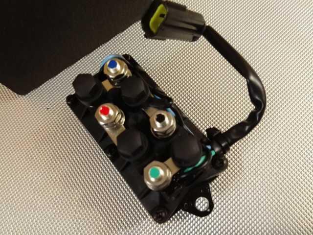 Продам Реле гидроподъема Yamaha 2 контакта