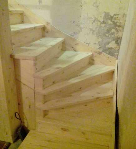 Продам: Изготовление лестниц (подробнее: https:/