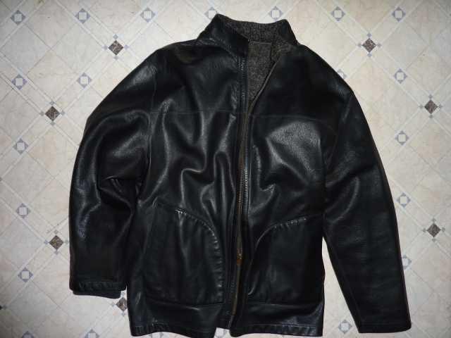 Продам: куртка кожаная gianni Италия