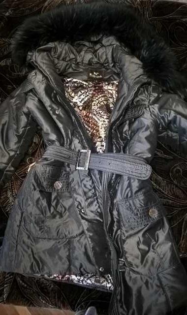 Продам Две куртки зимние. Размер 44. Цена за об