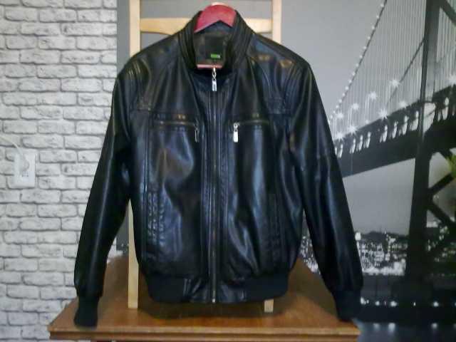 Продам Кожаная куртка мужская