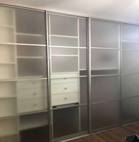 Предложение: Шкаф-купе прозрачный