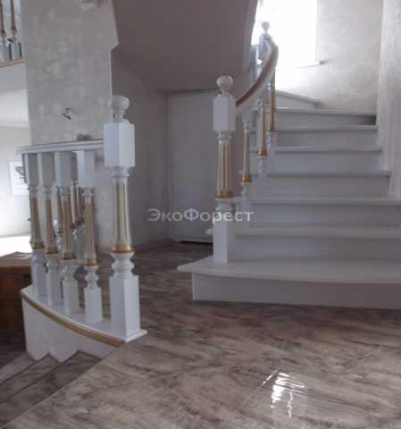 Продам Деревянные лестницы